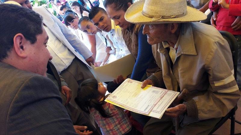 Durante la jornada se realizaron también 550 aclaraciones de actas de nacimiento, 50 registros extemporáneos  de personas escasos recursos