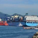 A pesar de que la CNTE ha amenazado con bloquear en dos ocasiones los ingresos al puerto de Manzanillo, el tren continúa circulando los siete días de la semana
