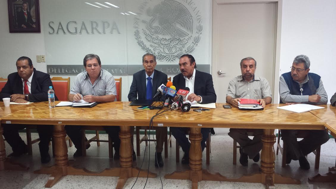 El delegado de la SAGARPA en Michoacán y el delegado del INAPAM, aseguraron que esta tarea será en conjunto con el propósito de ayudar a los adultos mayores