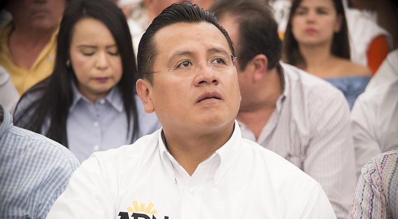 Torres Piña lamentó que una institución tan confiable como hasta la fecha había sido el INEGI, haya modificado unilateralmente las variables para medir la pobreza en México