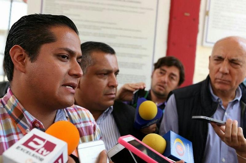 Esto sentará un precedente para que tanto José Manuel Mireles Valverde, y otros 70 autodefensas que continúan injustamente presos, puedan librar sus respectivos procedimientos judiciales en libertad: Moncada Sánchez