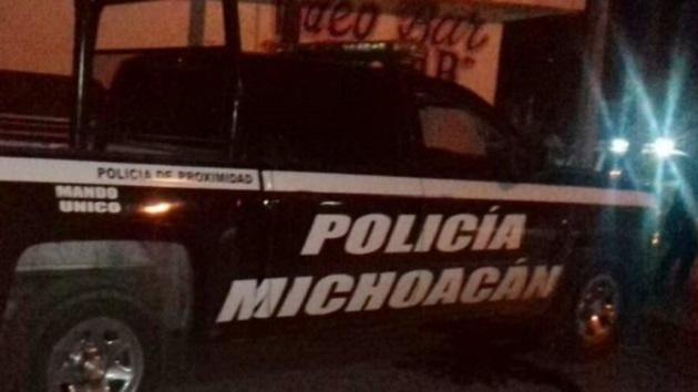 Tras el ataque, Laureano A., de 40 años de edad y Julio M, fallecieron; Julio C., fue detenido y se aseguró un fusil Ak-47, una subametralladora calibre .9mm., y un vehículo con reporte de robo marca Ford Fusion, color blanco