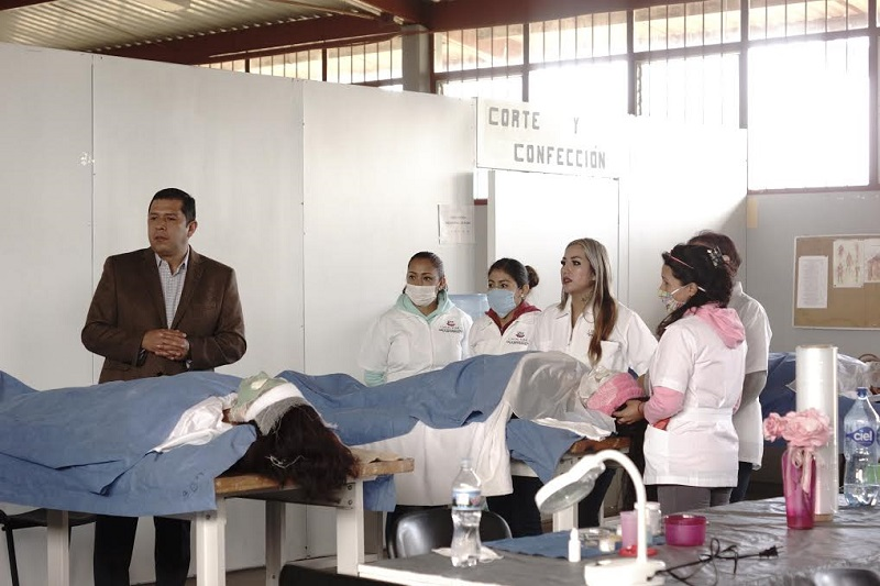 Para mayores informes, Juan Carlos Barragán pidió a los interesados comunicarse al 01 800 9 ICATMI o a través de las redes sociales ICATMI Michoacán