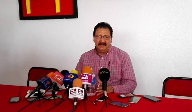 Para Sandoval Flores, el gobernador de Michoacán, Silvano Aureoles politizó el tema al declarar sobre el asunto antes que el procurador