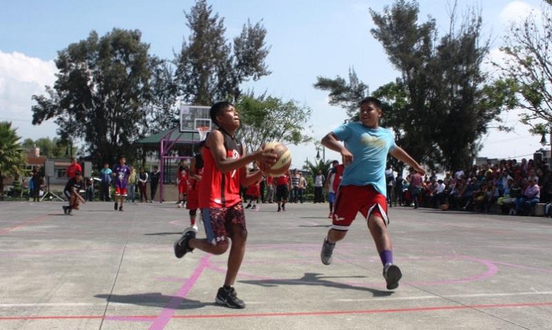 El curso de verano dedicado al llamado deporte ráfaga arrancó el pasado 23 de julio y se extenderá hasta el próximo 9 de agosto, en el cual participan 72 niños