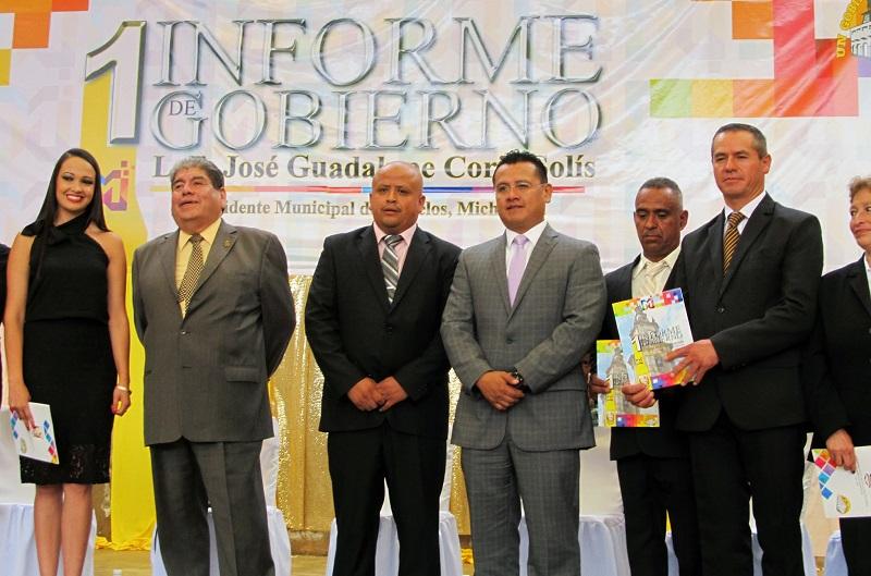 Torres Piña reiteró que los alcaldes emanados del PRD han optado por encabezar administraciones de corte social, austeras y con capacidad de gestión