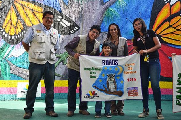 Durante la clausura, y acompañada de la delegada en Michoacán de la Profepa, Talía Coria, el director del Zoológico, Josué Rangel Díaz, agradeció la confianza de los padres y madres de familia, quienes respondieron al llamado