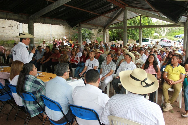 Antonio García Conejo, quien en este fin de semana, visitó Ciudad Hidalgo, Zitácuaro, Susupuato, Tuzantla, Tiquicheo y Huetamo, llamó a los liderazgos a hacer un esfuerzo en el tema de la afiliación entre los simpatizantes