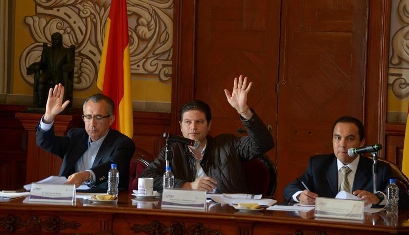 Aprueban puntos de acuerdo mediante los cuales se contribuye a fortalecer el tema de transparencia municipal