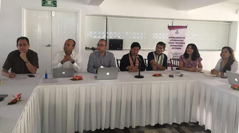 En el estado de Guerrero, Urquiza Martínez, ejemplificó el proceso que se realizó en el municipio de Cherán, donde el Instituto organizó la primera elección con el sistema de usos y costumbres