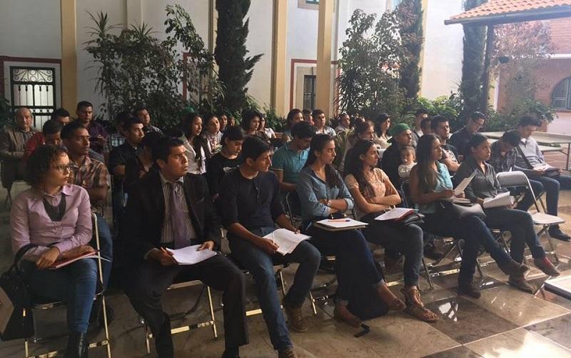 La encargada de la política económica local, anunció que se ha iniciado con la organización del Día del Emprendedor que tiene como objetivo ser un escaparate promocional de proyectos evaluados como estratégicos