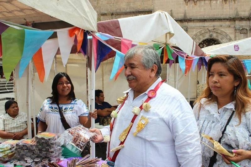 Cedillo Hernández recordó que la consulta es un derecho reconocido en la legislación local, nacional e internacional en donde como instrumento jurídico permite a los pueblos originarios participar en la toma de decisiones