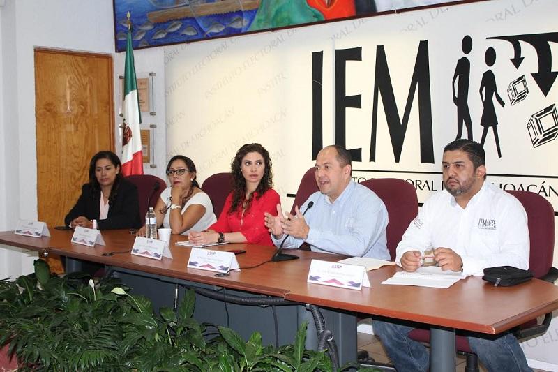 El programa de actividades se dividió en tres módulos: partidos políticos, obligaciones de las organizaciones de los ciudadanos en materia de fiscalización y agrupaciones políticas