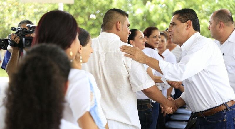 """""""Mi apuesta y mi sueño es que la transformación de Pinzándaro la hagamos con nuestras niñas, niños y jóvenes"""", destaca mandatario estatal"""