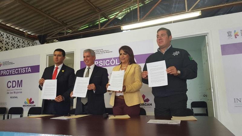 Hemos emprendido algunas tareas conjuntas con los 14 municipios donde se declaró la Alerta de Género: Antonio Bernal