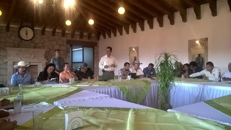 Líderes campesinos reconocen que por primera vez insumos como el fertilizante y semillas de maíz y avena certificada llegaron a tiempo