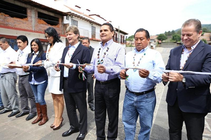 """""""Michoacán, uno de los grandes destinos turísticos del país; sigamos trabajando por este estado"""", destaca Enrique de la Madrid"""
