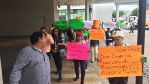 De acuerdo con los manifestantes, la administración del centro comercial no ha tomado medidas preventivas ante eventuales contingencias (FOTO: GUILLERMO VALENCIA)