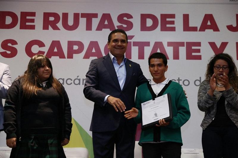 Anuncia Aureoles Conejo la próxima modernización del Internado La Huerta y el programa para fomentar en los egresados experiencia laboral