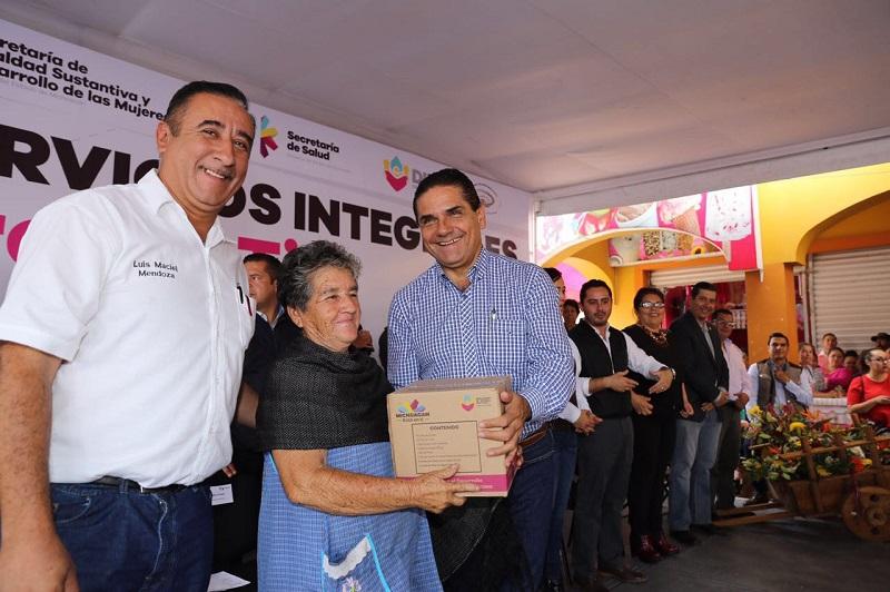 Además, Aureoles Conejo inauguró las Caravanas de Servicios Integrales #CercaDeTi en el municipio