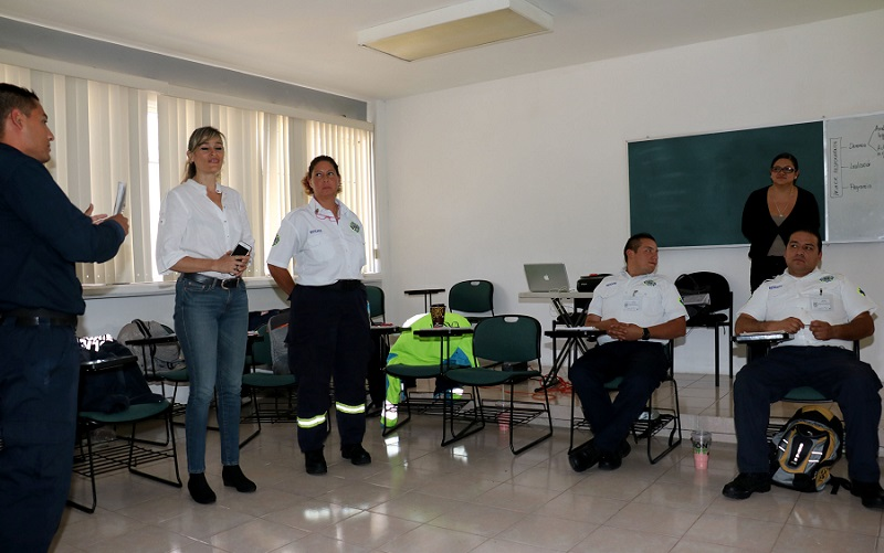 Clausuran talleres de capacitación  dirigidos a  elementos de Protección Civil