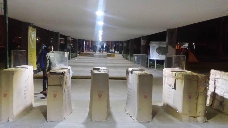 Grupo de rechazados de la UMSNH toman las instalaciones de la universidad