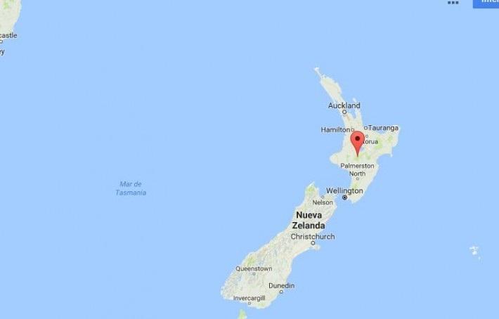 El terremoto se registró a poco más de 160 kilómetros (100 millas) al noreste de la ciudad de Gisborne y a una profundidad de 19 kilómetros (12 millas), de acuerdo con el Servicio Geológico de Estados Unidos