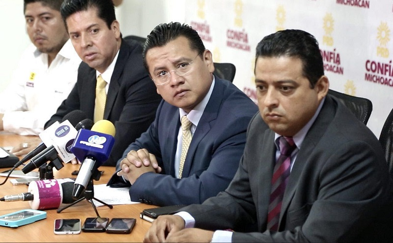 Torres Piña, exhortó al Gobierno de Michoacán y al Gobierno Federal a no bajar la guardia y a seguir trabajado de manera coordinada en la seguridad de todos los michoacanos y las michoacanas