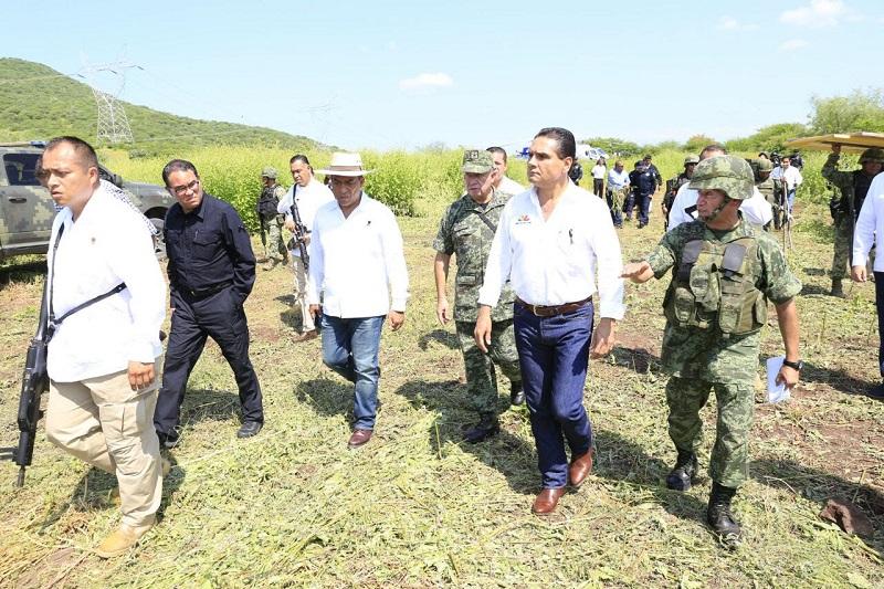 En la comunidad de El Chauz, el titular del Ejecutivo en la entidad advirtió que habrá cero tolerancia a la impunidad y a la delincuencia