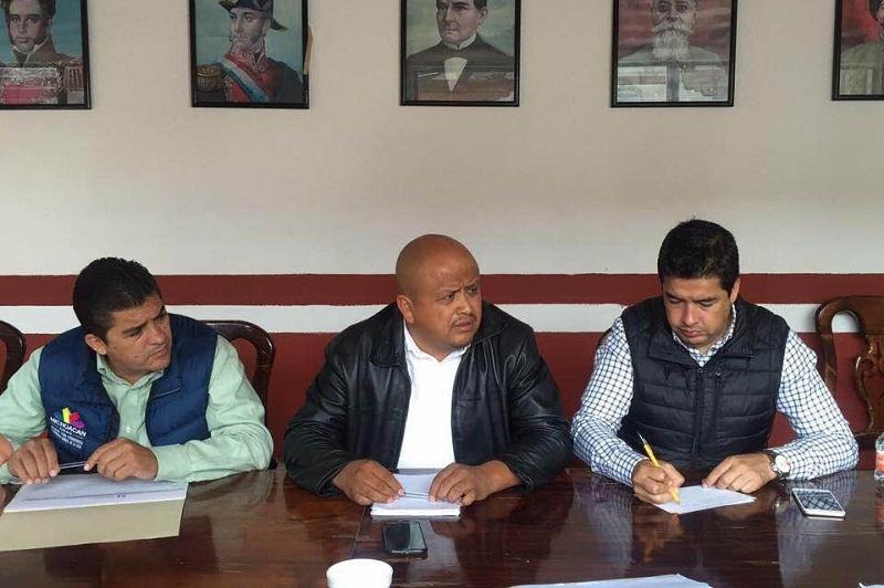 El gobernador Silvano Aureoles Conejo encabeza un gobierno municipalista, refrenda el vocal ejecutivo del Cedemun, Carlos Paredes Correa
