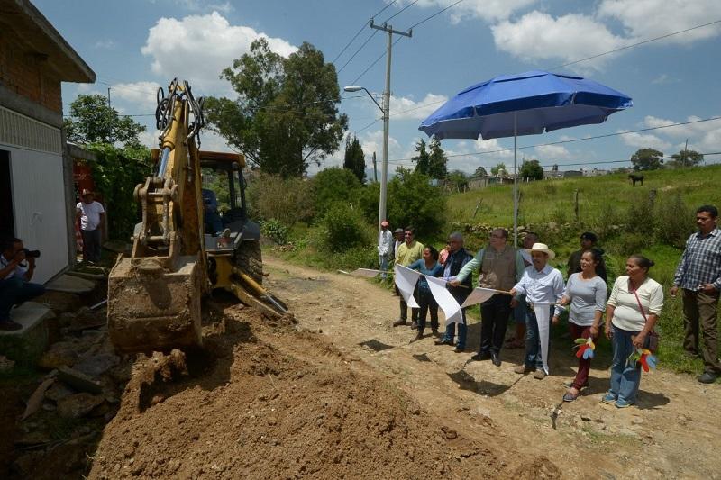 Se invertirán 407 mil pesos de recursos municipales para la realización de esta obra, con lo cual se atiende una problemática que sufrían los vecinos desde hace 10 años