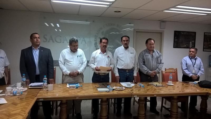 Tentory García, señaló que este tipo de esfuerzos son necesarios, ya que cada vez es menos predecible el clima global y regional, lo cual implica la planificación de las actividades agrícolas