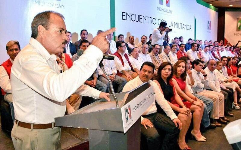 Silva Tejeda reiteró que el tricolor respalda las estrategias y acciones que el Presidente de la República, Enrique Peña Nieto, emprendió desde el año 2012 a través del plan de rescate a Michoacán