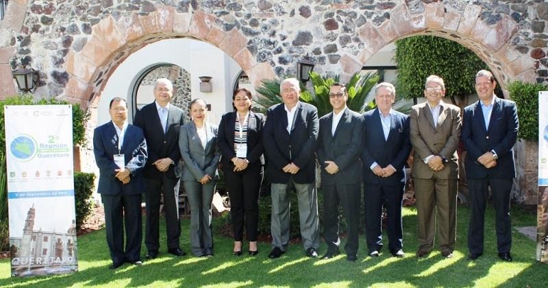 Cabe destacar que el encuentro, tiene como objetivo principal la colaboración y homologación para compartir experiencias exitosas y mejores prácticas gubernamentales que se realizan en los estados que integran dicha región