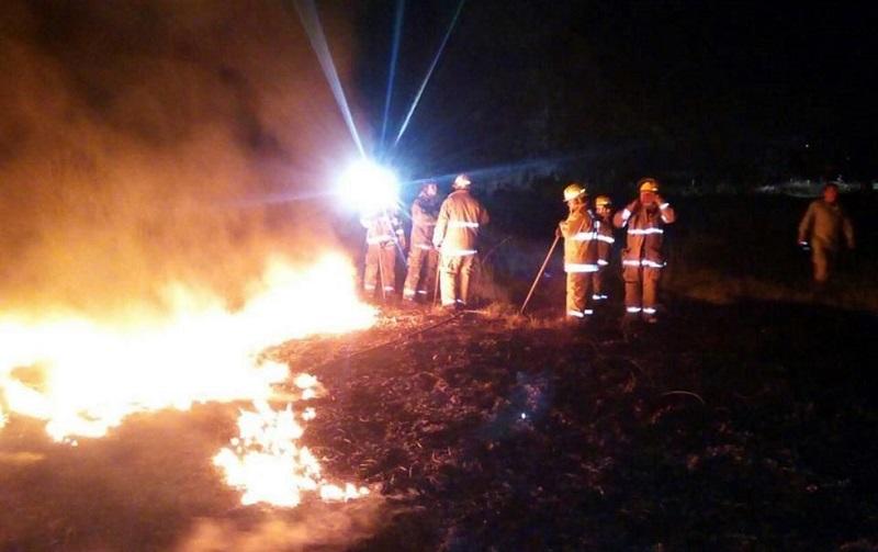 El incendio provocó el cierre de válvulas en los ductos de Pemex que provienen de Salamanca y alimentan de hidrocarburo a la planta de almacenamiento y distribución ubicada cerca de Morelia