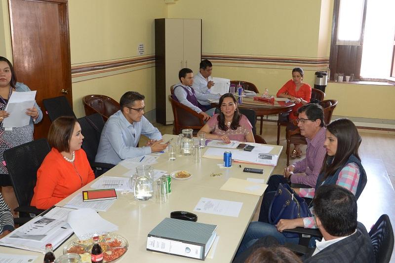 En esta sesión de trabajo en la que se contó con la presencia del Director de Infraestructura, Rafael Cárdenas Molina adscrito a la Secretaría de Desarrollo Metropolitano e Infraestructura