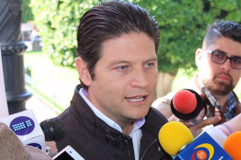 Martínez Alcázar, resaltó los valores de responsabilidad, respeto y honestidad que caracterizan a este gremio, siempre mostrando su profesionalismo para dar a conocer la noticia de una forma veraz y oportuna