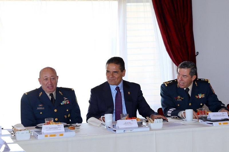 El gobernador Silvano Aureoles manifestó que mediante la coordinación que existe entre los tres niveles de gobierno, la seguridad para estas Fiestas Patrias, está garantizada
