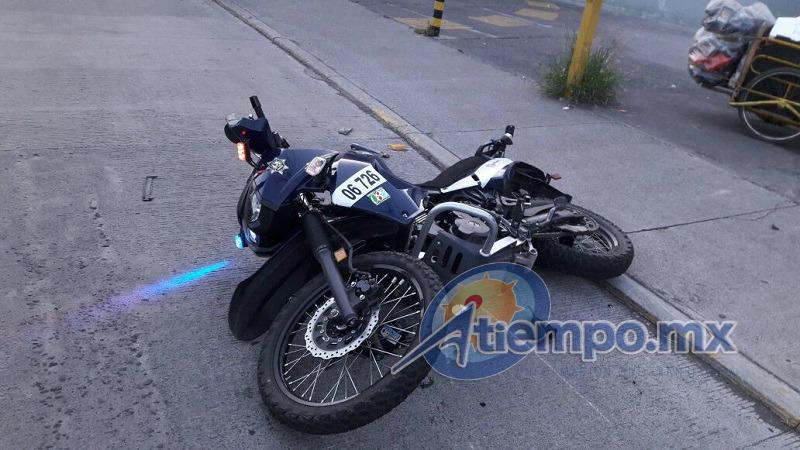 El agente Alejandro S. conducía una motocicleta con el número económico 06 726 (FOTO: FRANCISCO ALBERTO SOTOMAYOR)