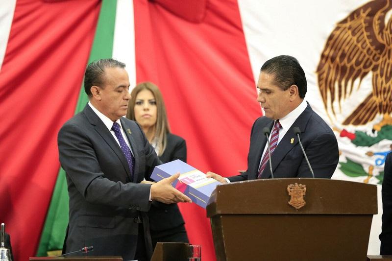 Aureoles Conejo resaltó que la transparencia en el ejercicio de la función pública y la rendición de cuentas, son los pilares que sustentan el sentido democrático de este Gobierno y su convicción personal