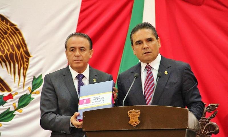 Sigala Páez manifestó que en caso de ser necesario y de conformidad con el marco normativo, las comisiones legislativas acordarán las comparecencias de los titulares de las secretarías de Estado y funcionarios, para que los ciudadanos estén informados