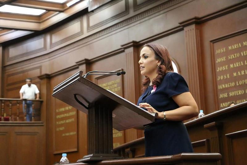Villanueva Cano en el marco del Informe de su Primer Año Legislativo, en donde una de sus principales iniciativas ha sido la propuesta de reformas para la implementación en nuestro estado de un Plan de Desarrollo Estatal 2016-2035