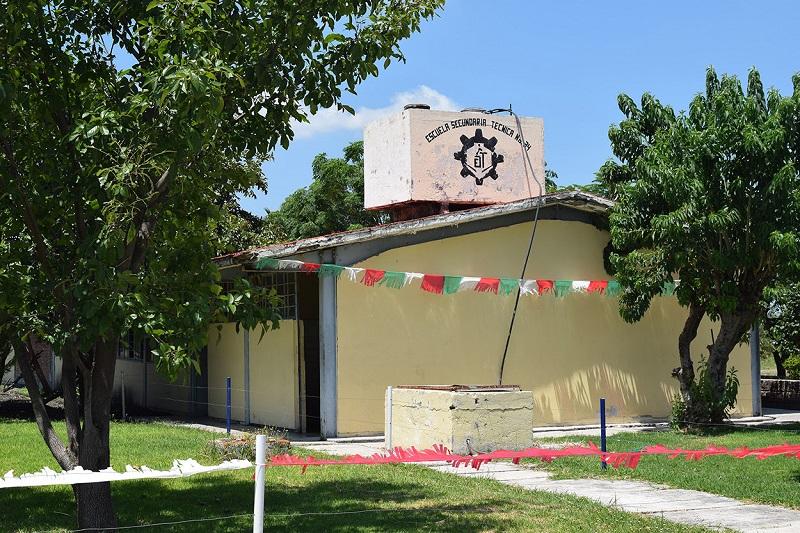 Los planteles visitados en Tanhuato, desde hace 40 años no han sido intervenidos