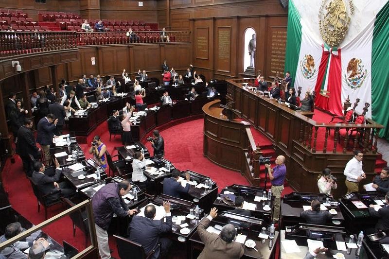 Anteriormente, el Ejecutivo del Estado contaba con 30 días para publicar los Decretos aprobados por el Poder Legislativo, además de 10 días más para hacer observaciones a los mismos