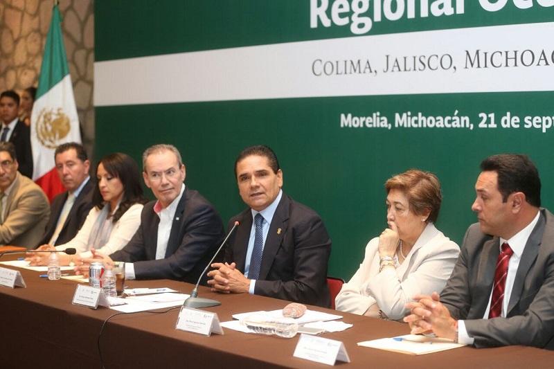 El director del Instituto Nacional de la Infraestructura Física Educativa, Héctor Gutiérrez, destaca que a través de un trabajo coordinado y de la voluntad, la educación mejorará en el país