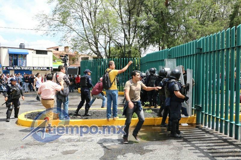 Grupos radicales causan violencia, caos vehicular y zozobra en la ciudad (FOTOS: FRANCISCO ALBERTO SOTOMAYOR)