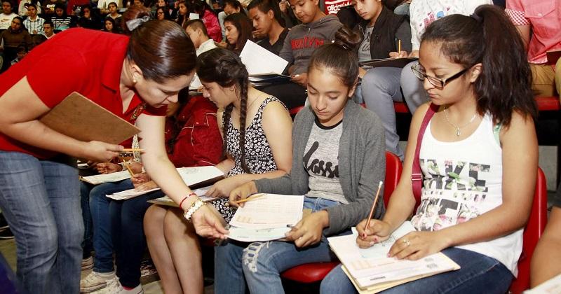 El periodo de inscripciones cierra este viernes, por lo que existe la oportunidad de registro hasta las 12 de la noche vía internet, se accede a través del portal principal de la Universidad Michoacana: www.umich.mx