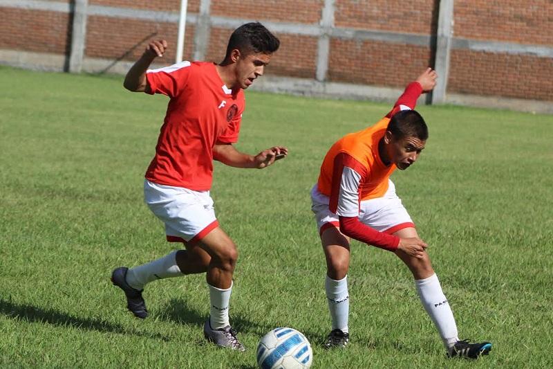 La Cuarta División Nacional Semiprofesional es una competencia para jóvenes entre 15 y 19 años de edad, en la que compiten 235 equipos a lo largo y ancho del país