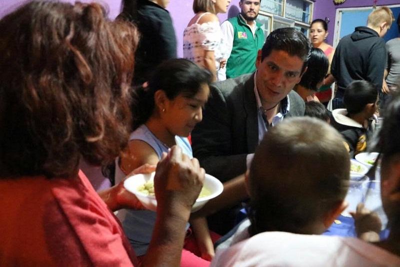 Estos acercamientos con la población permiten promover una relación estrecha del PVEM con la gente, conocer a los ciudadanos y platicar propuestas que puedan integrarse a las agendas de trabajo del partido