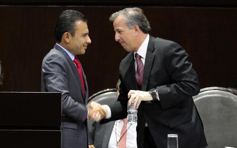 En el marco de la comparecencia del titular de la SHCP, José Antonio Meade, el diputado federal del PRD señaló que hoy en día son los pobres los que proporcionalmente más impuestos pagan